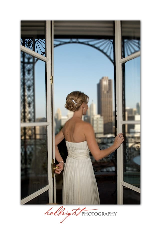 bride-looks-at-the-sf-skyline-before-her-wedding