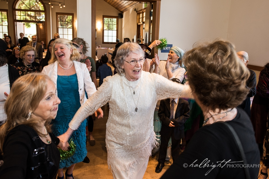 kallah-dances-at-congregation-beth-israel